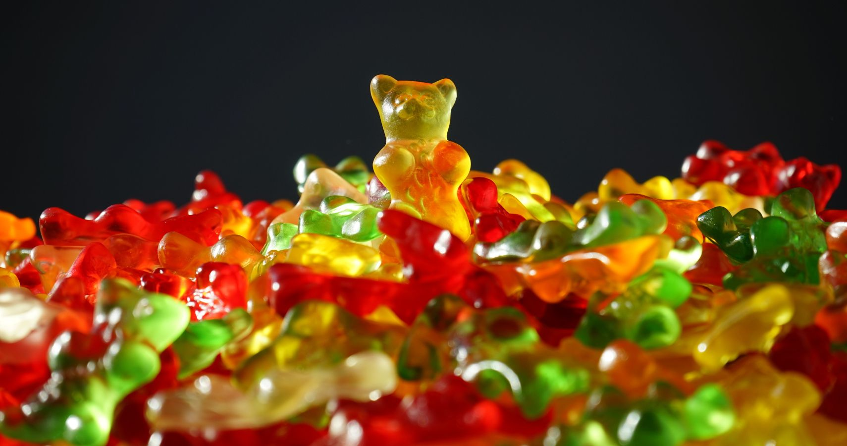 "5-Year-Old ""Beheads"" Vitamin Gummy & Says It Was The Other Bear"